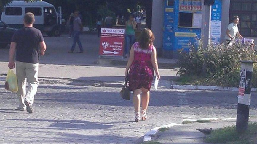 У Кам'янці пішоходи ігнорують червоне світло