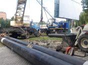 Комунальники Кам'янця завершують демонтаж трубопроводу