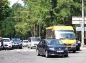 Мешканці Довжку бідкаються на роботу 42 маршрутки