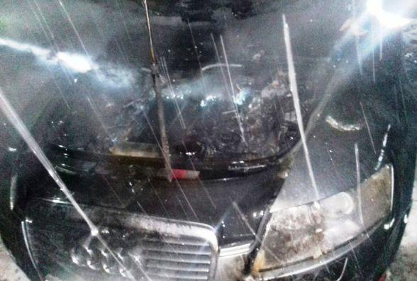 У Кам'янці невідомий підпалив авто (ФОТО)