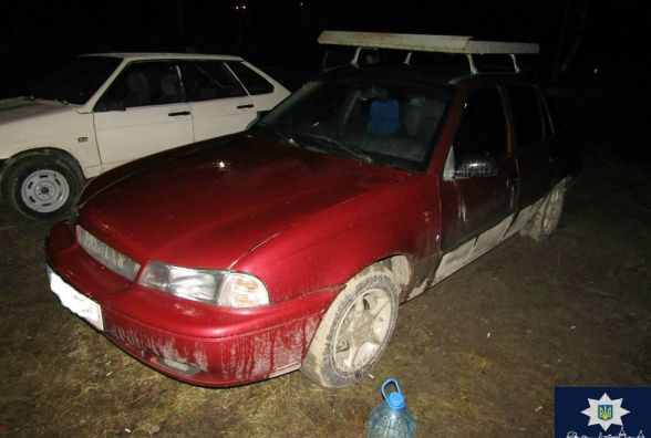 За ніч – 6 авто: у Кам'янці розшукують зловмисника, який підпалив автівки (ФОТО)
