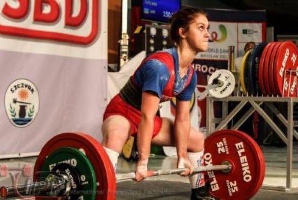 Кам'янецька студентка-пауерліфтер встановила чотири рекорди України