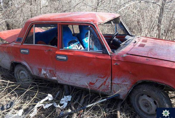 У Кам'янці троє хлопчаків на краденому авто втрапили у ДТП