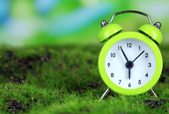 Перехід на літній час: як та коли кам'янчанам переводити стрілки годинників?