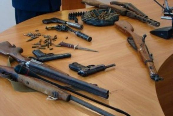 Кам'янчан закликають добровільно здати незареєстровану зброю