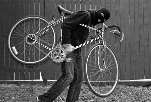 За день - три велосипеди: у кам'янчан продовжують  цупити транспорт