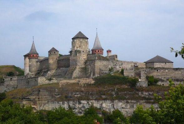 18 травня - Міжнародний день музеїв,  День боротьби за права кримськотатарського народу