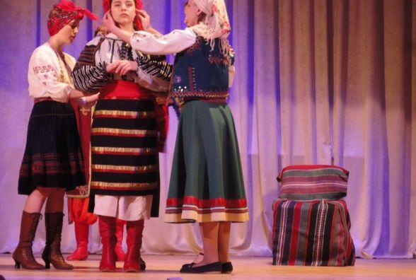 "Театр ""Тандем"" показав кам'янчанам ""Марусю Чурай"" та ""Великий льох"""