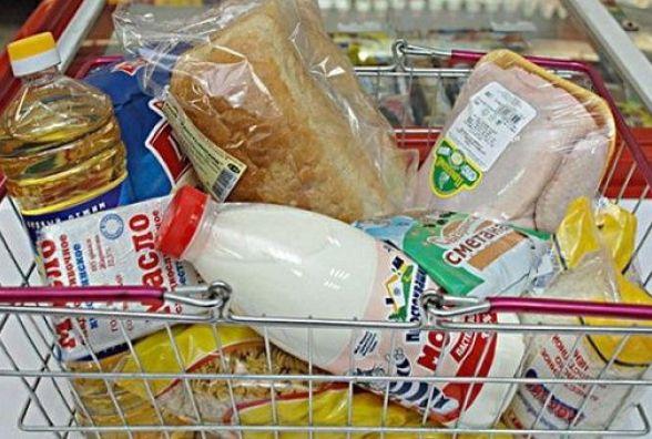 Ціни на соціально важливі продукти у Кам`янці і області: схоже і відмінне