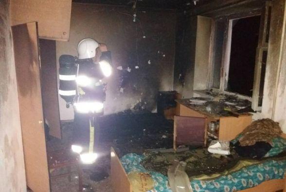 У Кам'янці горів гуртожиток. Вогнеборці врятували 150 студентів