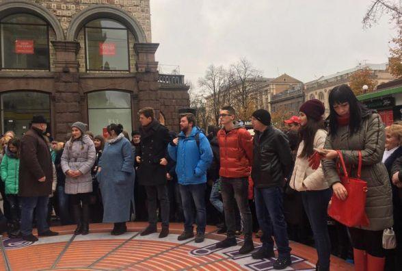"""Кам'янчанин ввійшов у п'ятірку фіналістів шоу """"Караоке на Майдані"""""""