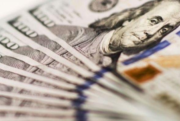 Курс валют на 23 січня: долар продовжує зростати