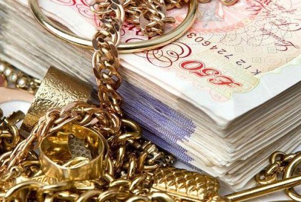 У Кам'янці пограбували квартиру: винесли золоті прикраси та іноземну валюту