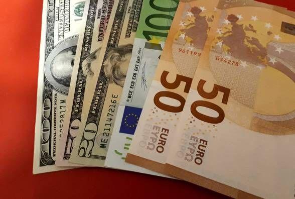 Долар стрімко зростає. Яким є курс валют на 19 лютого?