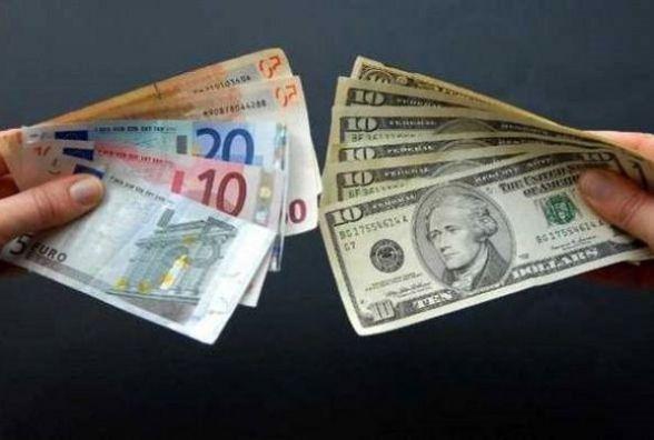 Долар та євро суттєво здешевшали. Курс на 13 березня