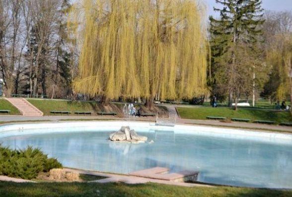 У Кам'янці розпочали запуск фонтанів