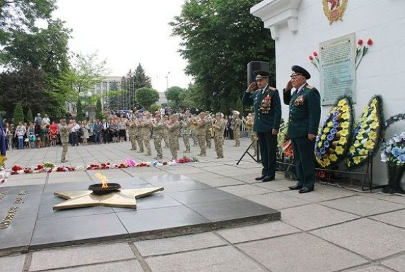 У Кам'янці відзначили річницю перемоги та День пам'яті та примирення
