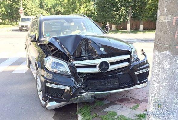 У Кам'янці автомобіль збив 54-річну жінку. Потерпілу госпіталізували