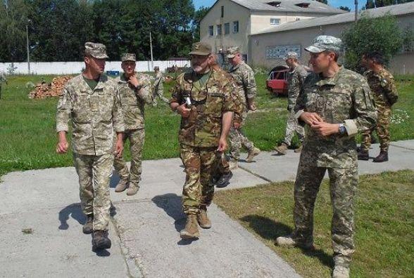 Центр розмінування у Кам'янці відвідала військова делегація з Італії (ФОТО)