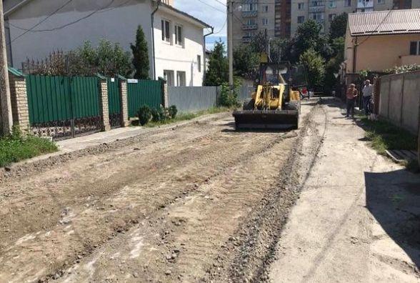 У Кам'янці триває плановий ремонт доріг (ФОТО)