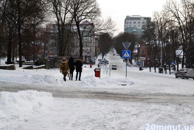 Кам'янеччину присипало снігом (ФОТОРЕПОРТАЖ)