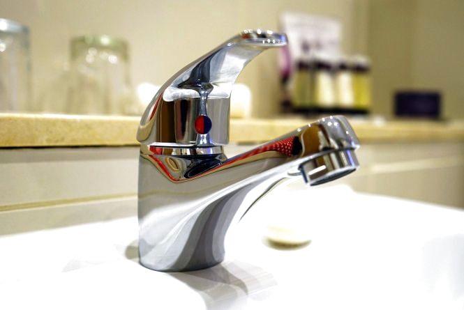 На Водохреща  кам'янчани питимуть освячену воду просто  з-під крана