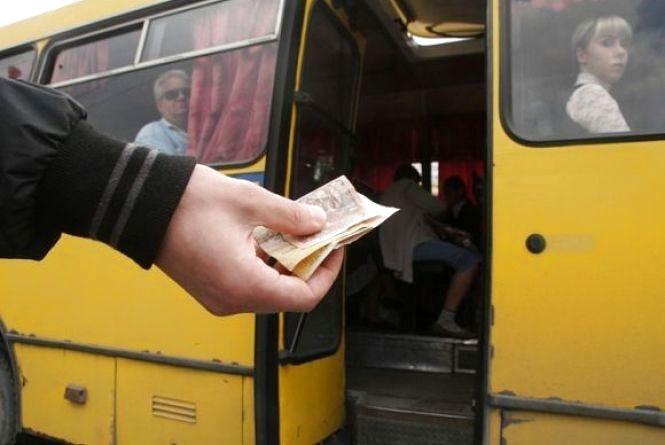 В міськраді Кам'янця розглянуть петицію про недопущення підвищення цін на проїзд у маршрутках