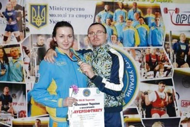 Кам'янчанка виборола «срібло» на Чемпіонаті України із жиму лежачи