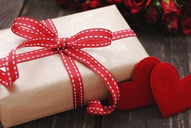 ТОП-5 подарунків хлопцеві до Дня святого Валентина