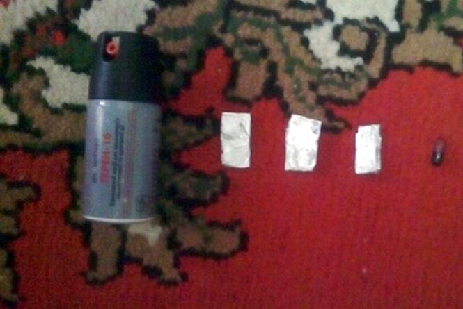 50 грам амфетаміну та 10 грам екстазі. У кам'янчанина знайшли наркотики (ФОТО)