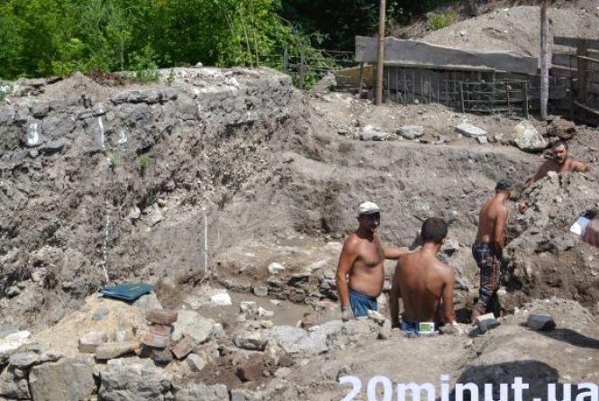 У Кам'янці пройде круглий стіл «Археологи – дослідники Кам'янця-Подільського»