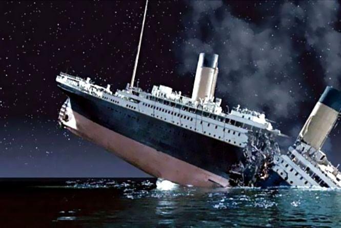 14 квітня -  Страсна п'ятниця, річниця аварії «Титаніка»