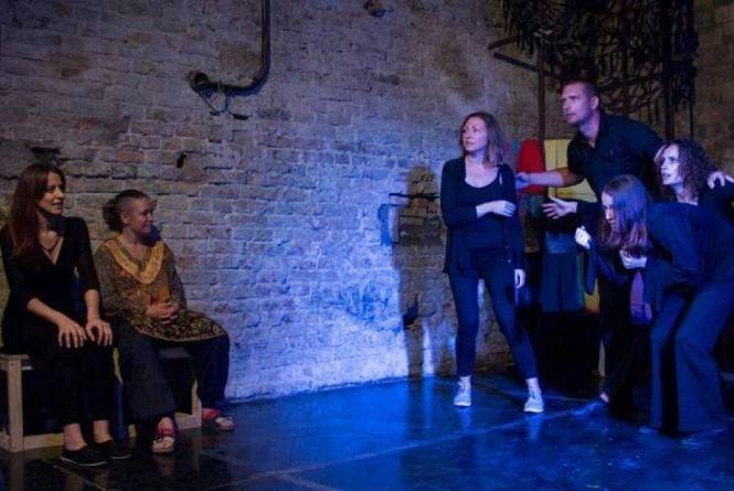 Плейбек-театр у Кам'янці – тренінг, перфоманси і вистава (ПРОГРАМА)