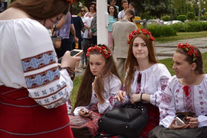 Фреш, квест і рок-н-рол: як Кам'янець святкуватиме День молоді? (ПРОГРАМА)