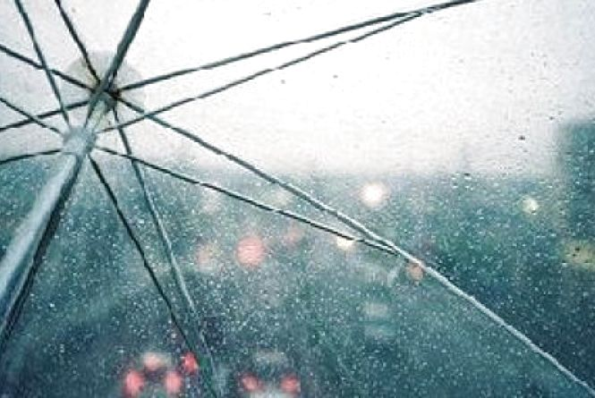 Дощ, гроза і навіть град: яку погоду обіцяють кам'янчанам на 12 липня?