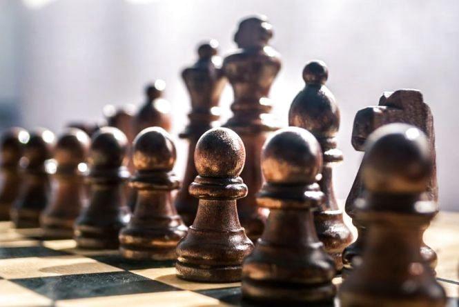 20 липня - Міжнародний день шахів і торта