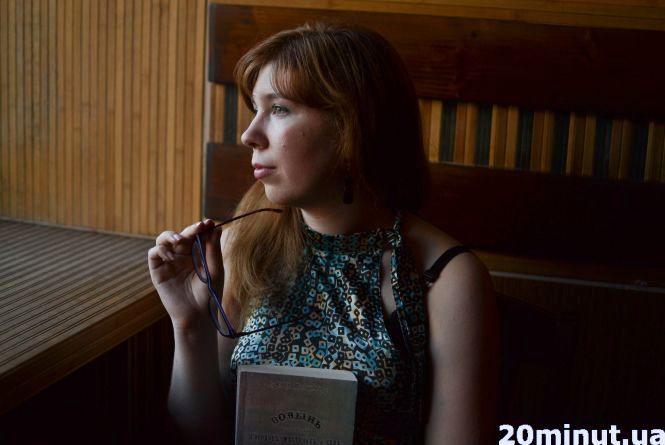 """Ольга Комарова: """"Любити історію. З того народжувати творчість"""" або як устигнути все?"""