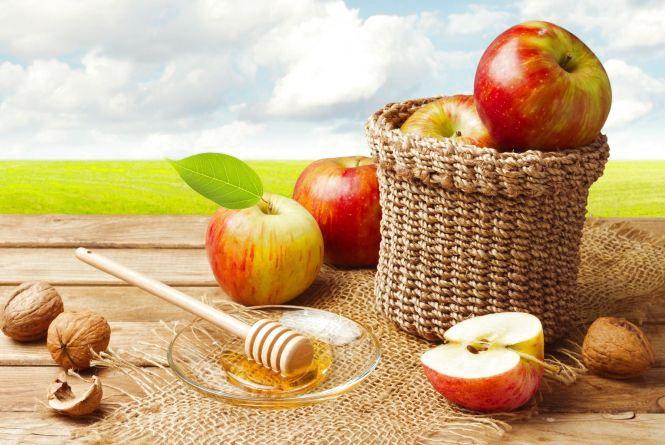 19 серпня - Яблучний Спас і День пасічника