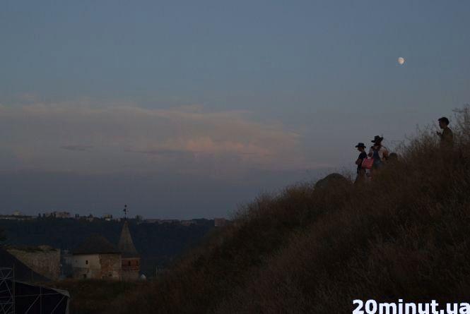 Львів'янин, що впав зі скелі на фесті в Кам'янці, не отримав серйозних травматичних ушкоджень