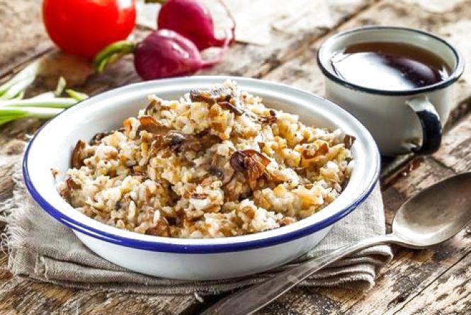 Гречка, рис, манка, вівсянка, ячмінка: скільки у Кам`янці-Подільському коштують крупи?