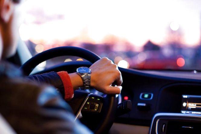 29 жовтня - День автомобіліста і дорожника