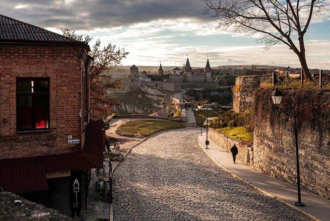 """""""Вікімандри"""" відзначили банери та краще фото із зображенням фортеці Кам'янця"""