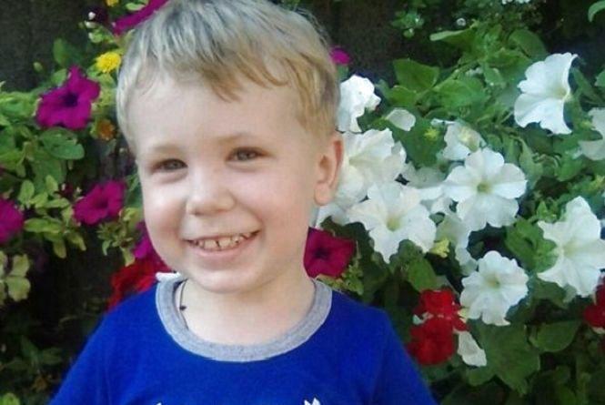 Кам'янчан просять допомогти хворому на діабет 3-річному хлопчику