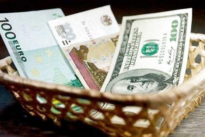 Іноземна валюта різко виросла: курс на 16 лютого