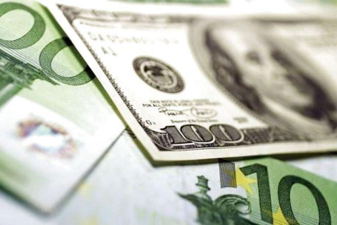 Курс валют 6 березня: долар продовжує дешевіти