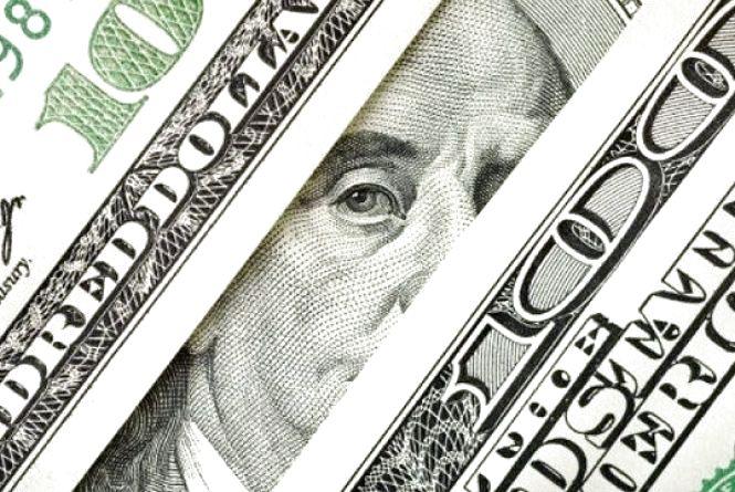 Долар дешевіє, курс валют на 7 березня