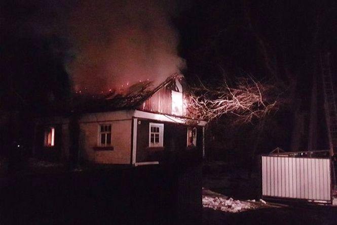 У Кам'янці спалахнув житловий будинок