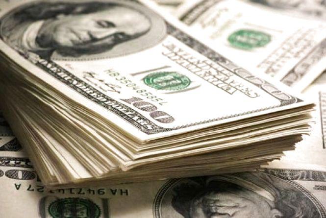 За вихідні долар і євро трішки зросли: курс на 26 березня