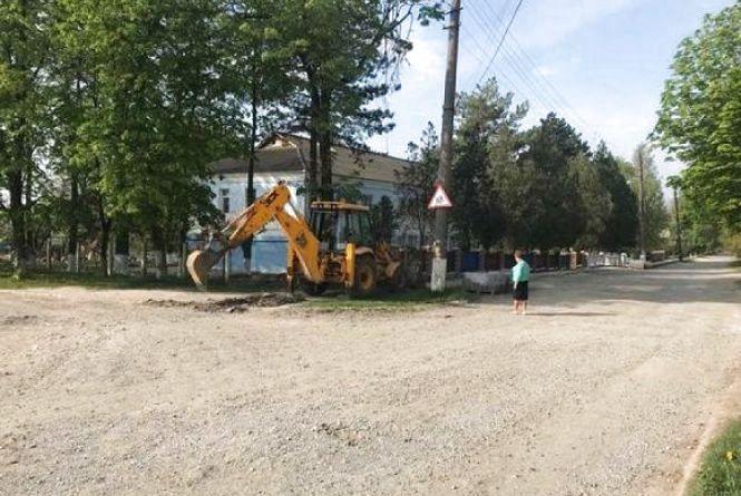 Де у Кам'янці ремонтують тротуари?