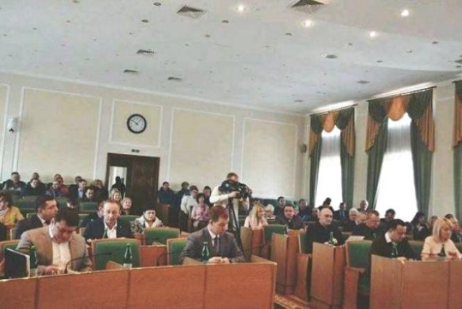 У Кам'янці перерозподілили 3 мільйони 40 тисяч гривень з міського бюджету. На що пішли гроші?